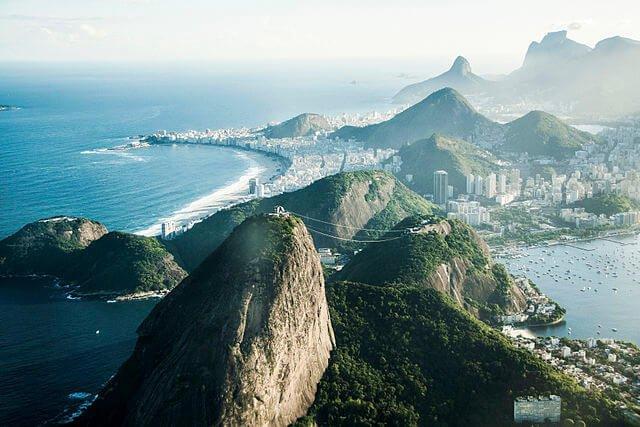 Vista aérea do Parque Nacional da Tijuca no Rio de Janeiro
