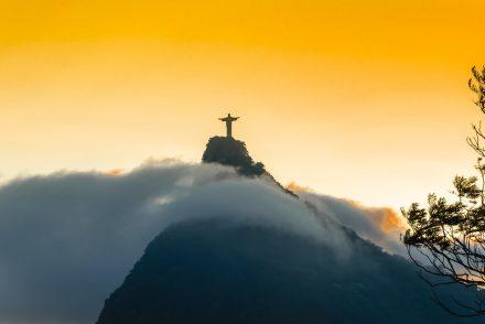 Pôr do sol no Cristo Redentor