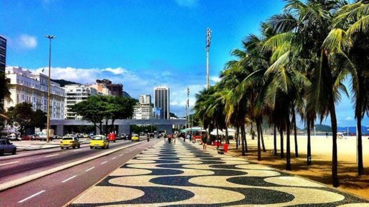 calçadao morar em copacabana no rio de janeiro