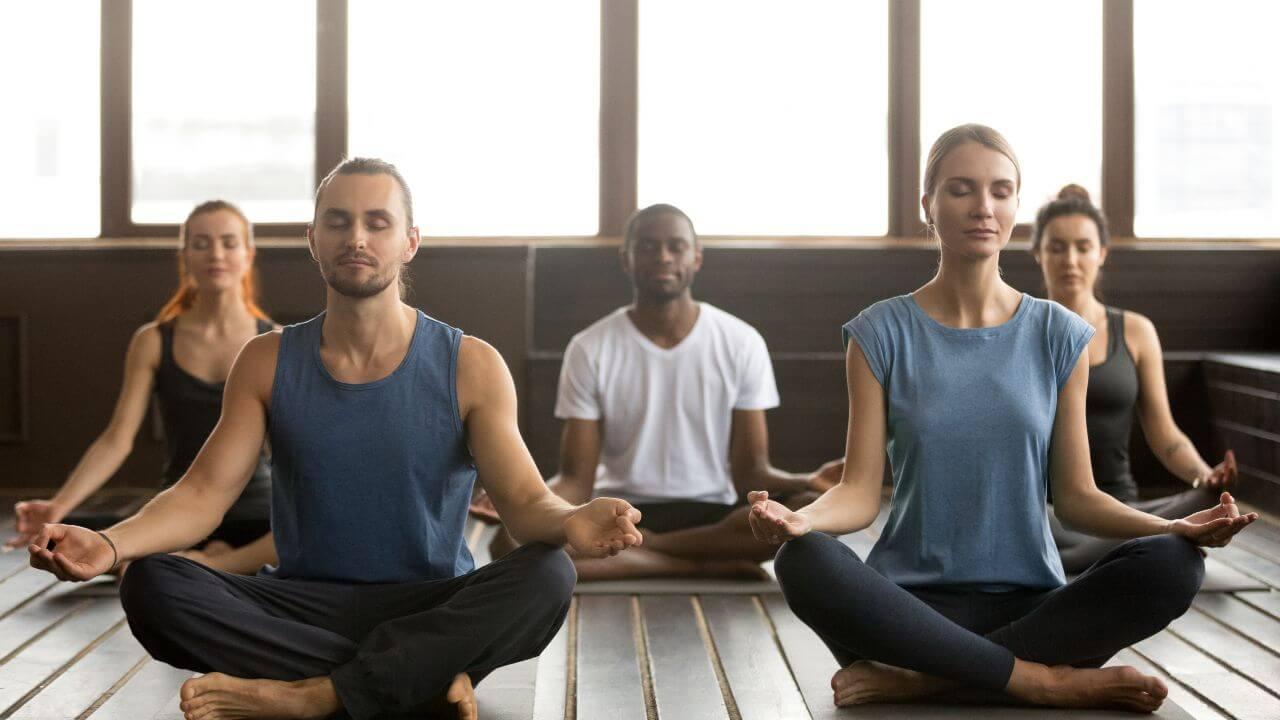 aula de yoga em ipanema